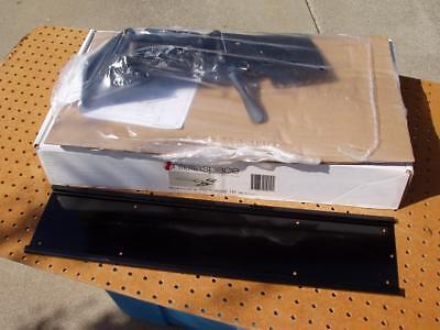 Intellaspace Easy Riser Keyboard Tray System Mount Only No Gel Pads New Nib