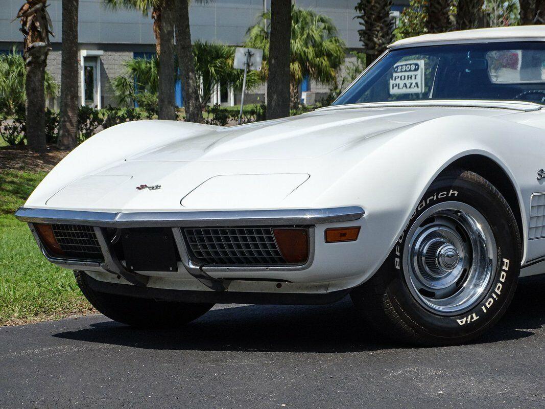 1972 White Chevrolet Corvette Convertible  | C3 Corvette Photo 5