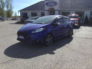 2014 Ford Fiesta ST  - Leather Seats -  Bluetooth -  Heated Seat