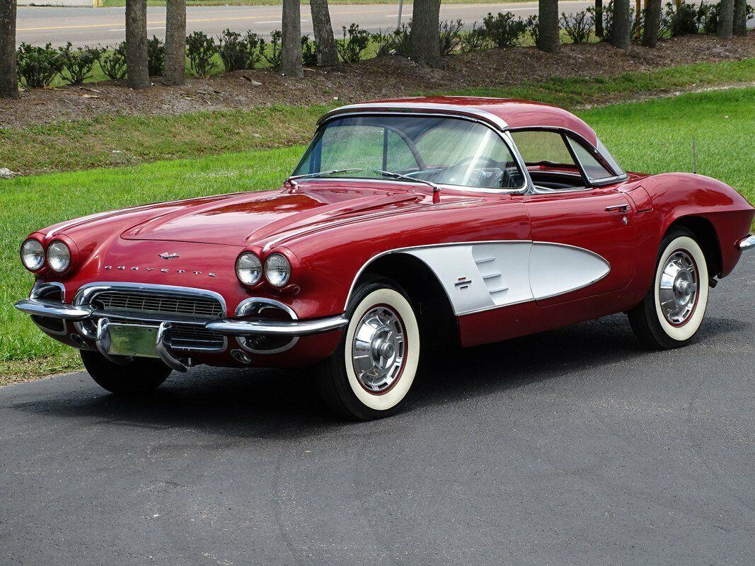 1961 Honduras Maroon Chevrolet Corvette   | C1 Corvette Photo 8