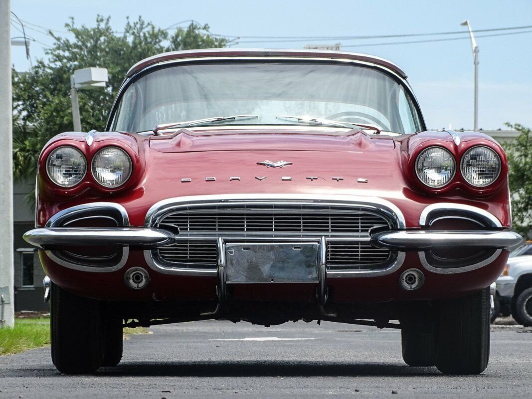 1961 Honduras Maroon Chevrolet Corvette   | C1 Corvette Photo 5