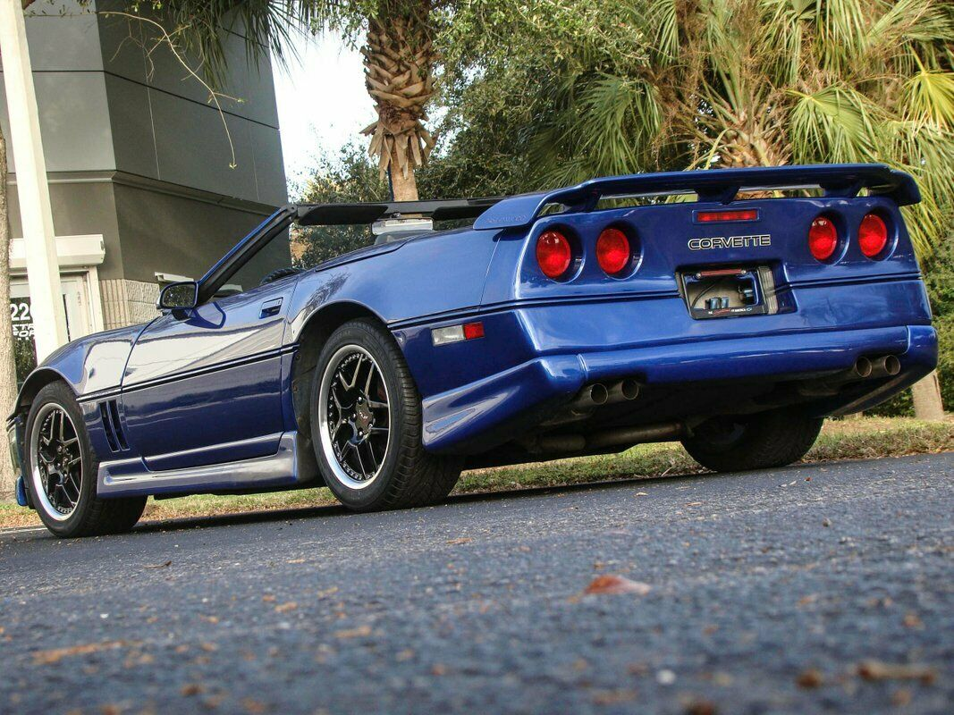 1987 Blue Chevrolet Corvette Convertible  | C4 Corvette Photo 8
