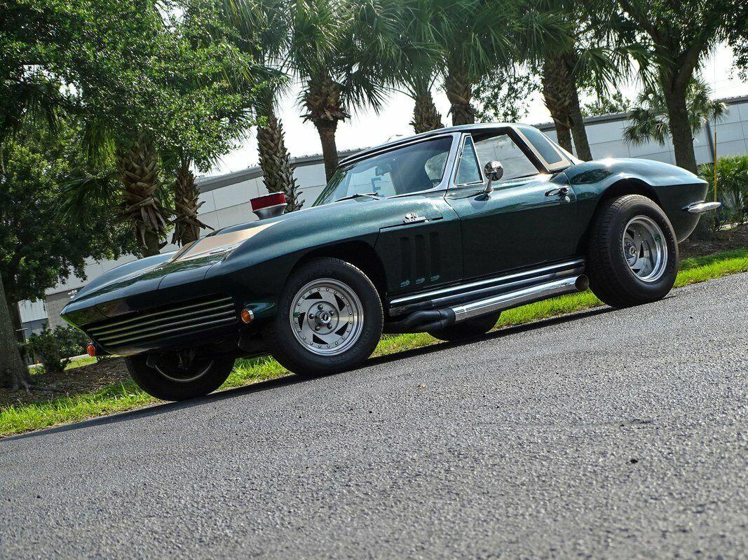 1965 Green Chevrolet Corvette Convertible  | C2 Corvette Photo 2