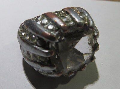 Chevalière en cuivre plaquée argent avec strass –