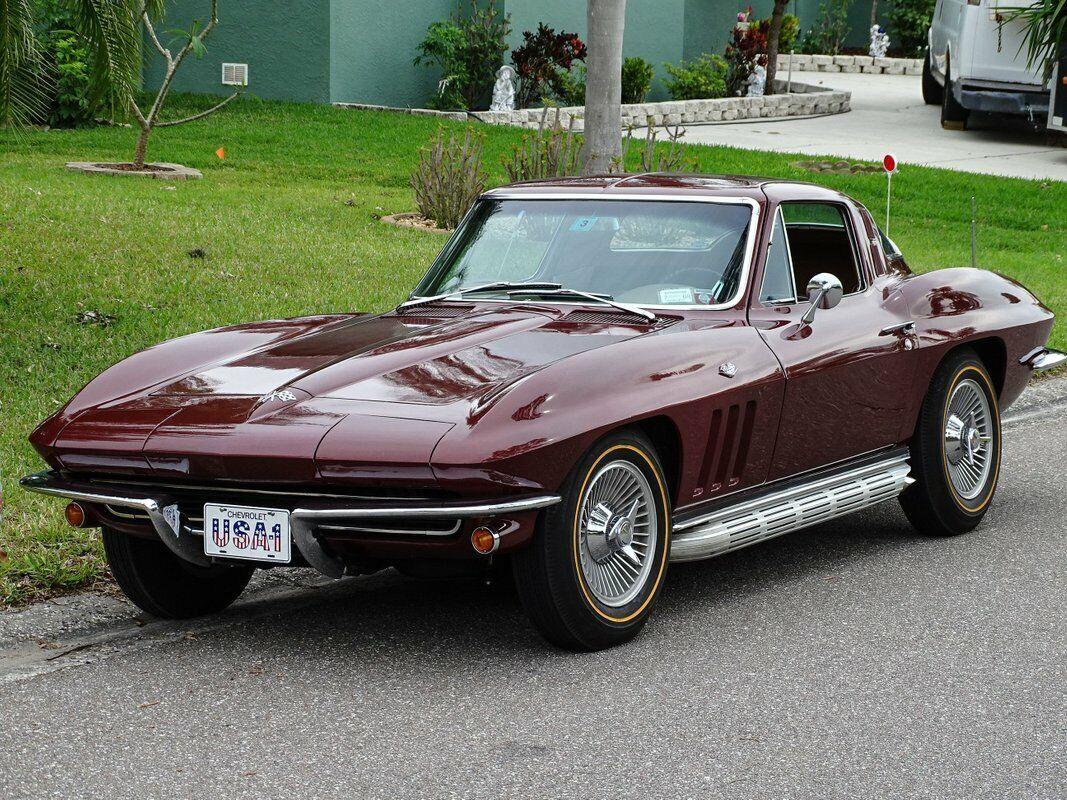 1965 Milano Maroon Chevrolet Corvette Stingray  | C2 Corvette Photo 4