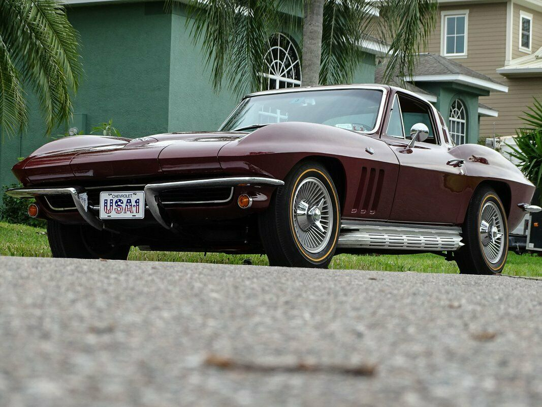 1965 Milano Maroon Chevrolet Corvette Stingray  | C2 Corvette Photo 3