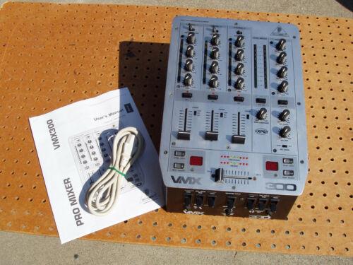 BEHRINGER MODEL VMX-300 VMX300 DJ 3 CHANNEL PRO MIXER ULTRA LOW NOISE GOOD COND