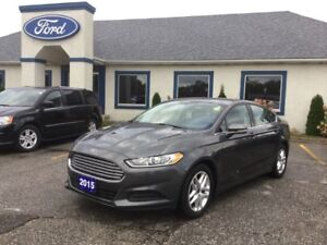 2015 Ford Fusion SE  BLUTOOTH, BACKUP CAM, 2.5L, PREMIUM WHEELS