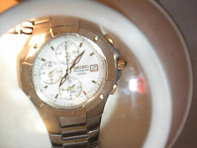 VINTAGE SEIKO ALARM  chronograph, 100 meter mens watch. 431388 W/EXTRA LINKS
