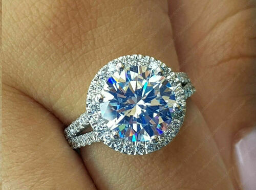 3.50 TCW Round Cut DVVS1 Moissanite Halo Engagement Ring 14k White Gold Plated