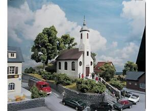 PIKO-61825-H0-Iglesia-de-la-aldea-ST-Lukas-NUEVO-Y-EMB-orig
