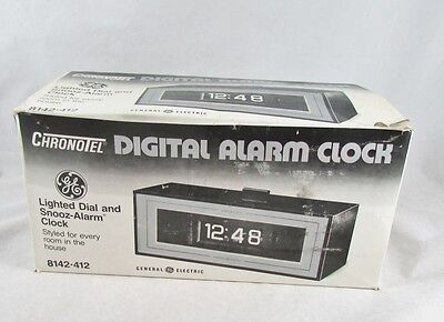 GE Chronotel Digital Alarm Flip Clock Vintage Model 8142-412 New in Box Unused