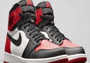 WANTING TO BUY BRED TOE JORDAN 1 SIZE 10 OR SIZE10.5