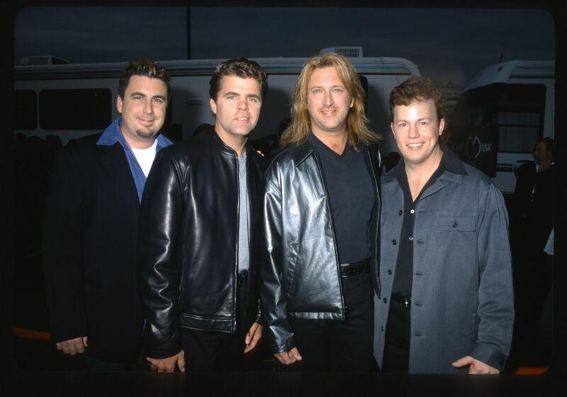 2000 LONE STAR American Music Awards Candid Group Photo Original 35mm Slide