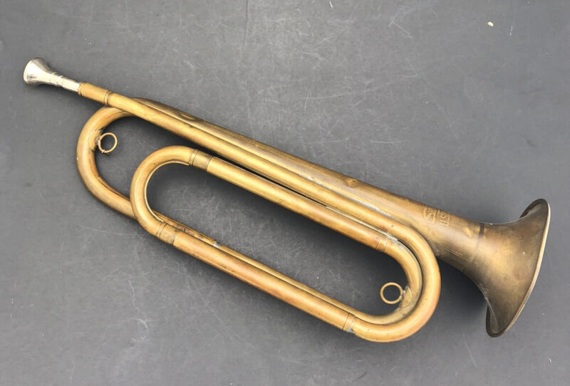 Vintage  1960's US Regulation Bugle Horn Brass Military Silvertone With Case
