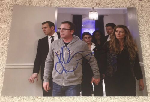 KIEFER SUTHERLAND DESIGNATED SURVIVOR SIGNED AUTOGRAPH 8x10 PHOTO w/EXACT PROOF