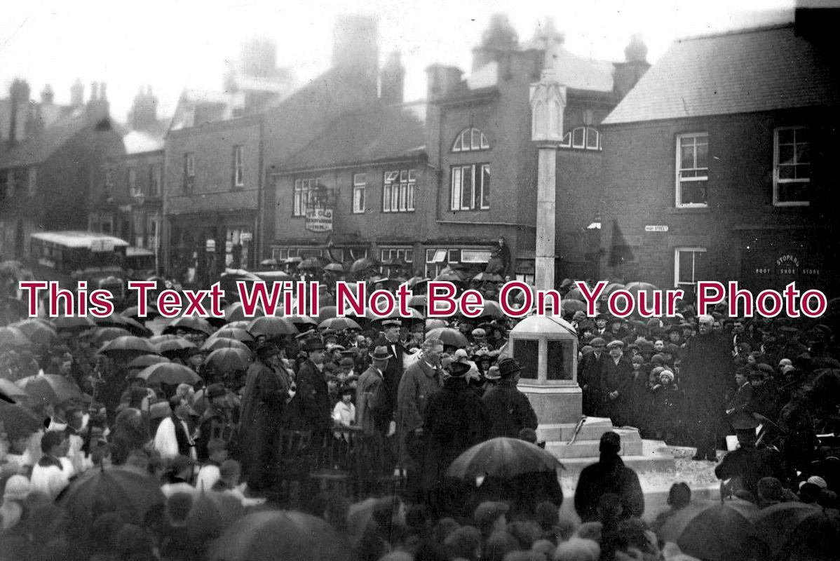 DR 1033 - Whitwell High Street War Memorial Ceremony, Derbyshire