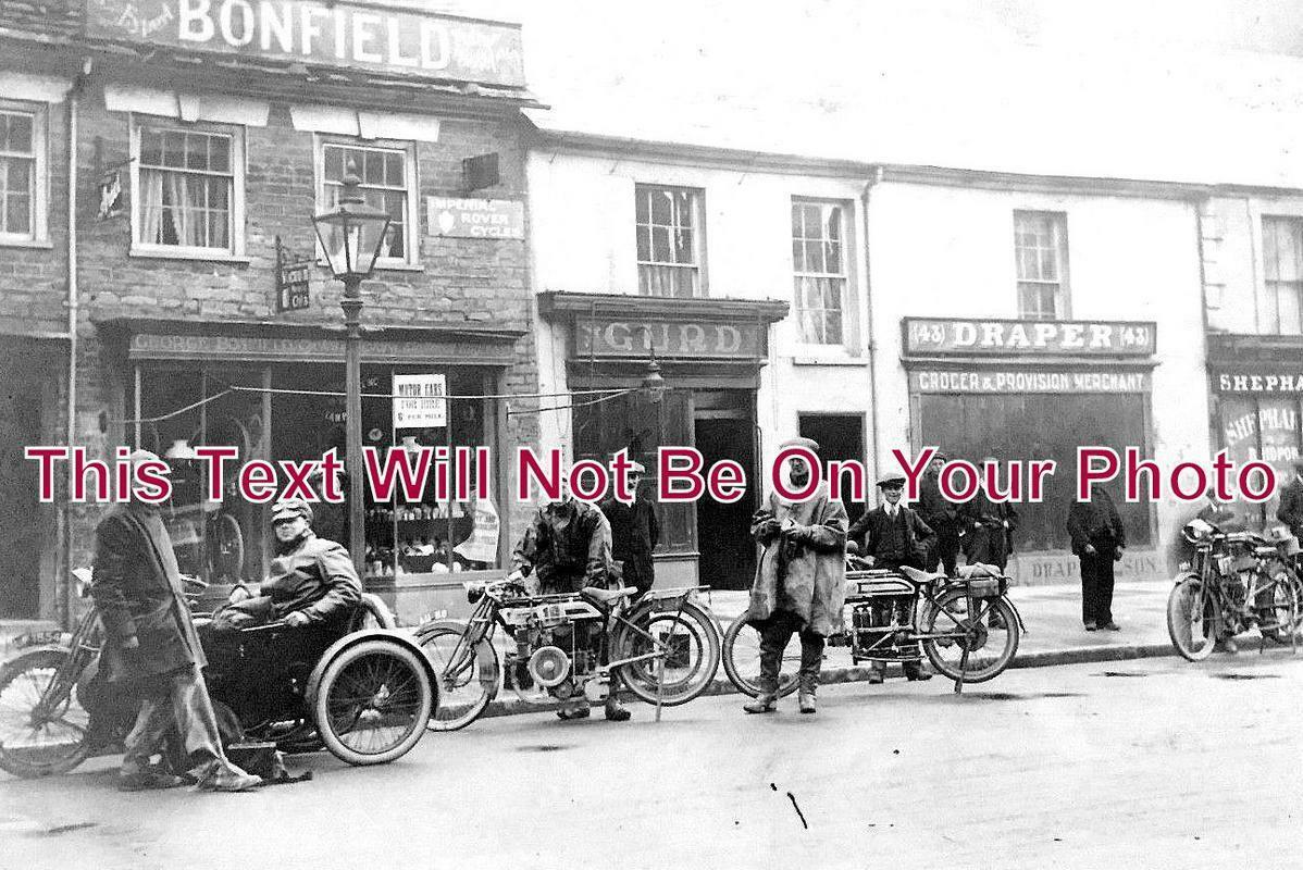 DO 1062 - Bonfield Motors, Bridport, Dorset