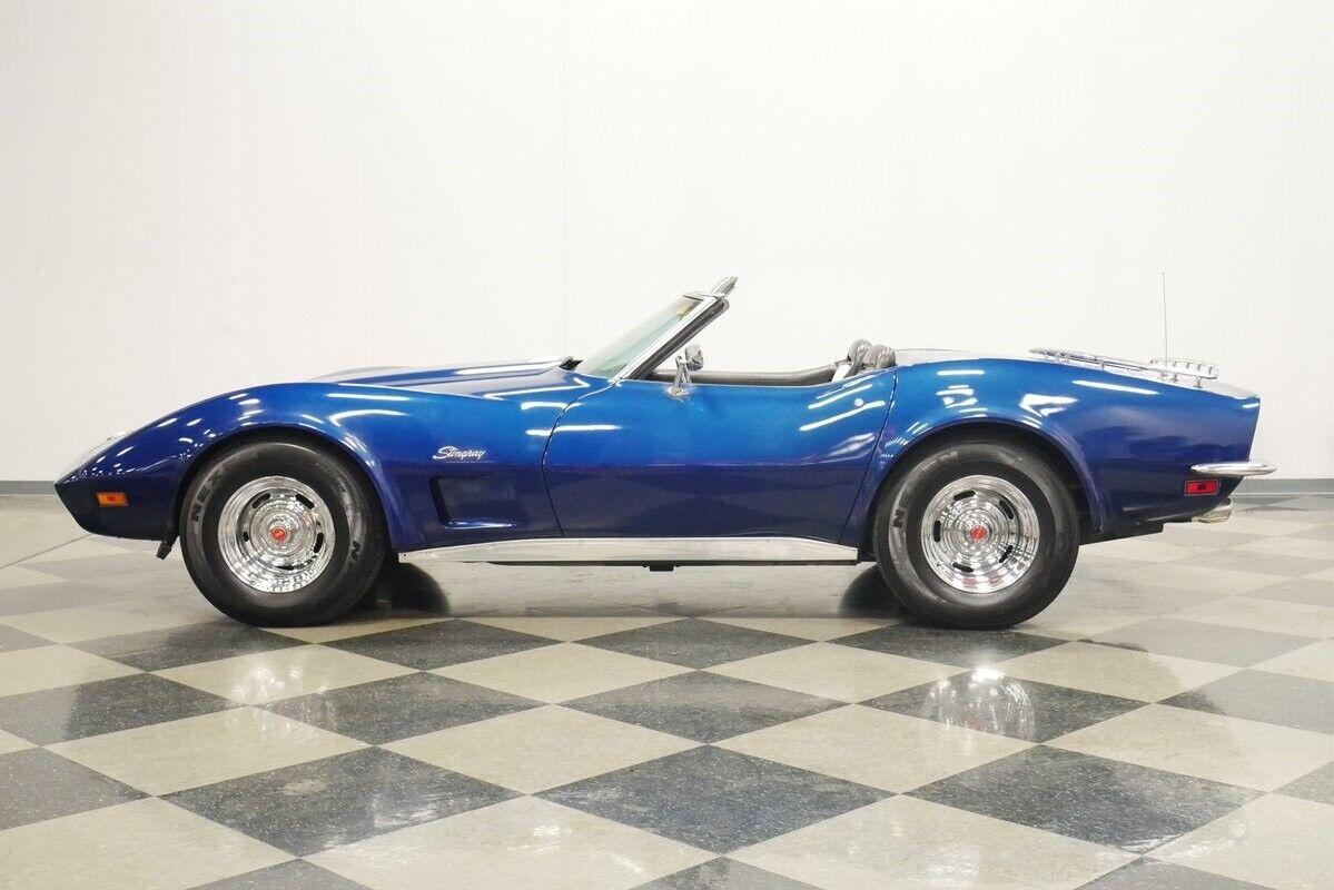 1973 Blue Chevrolet Corvette Convertible    C3 Corvette Photo 8