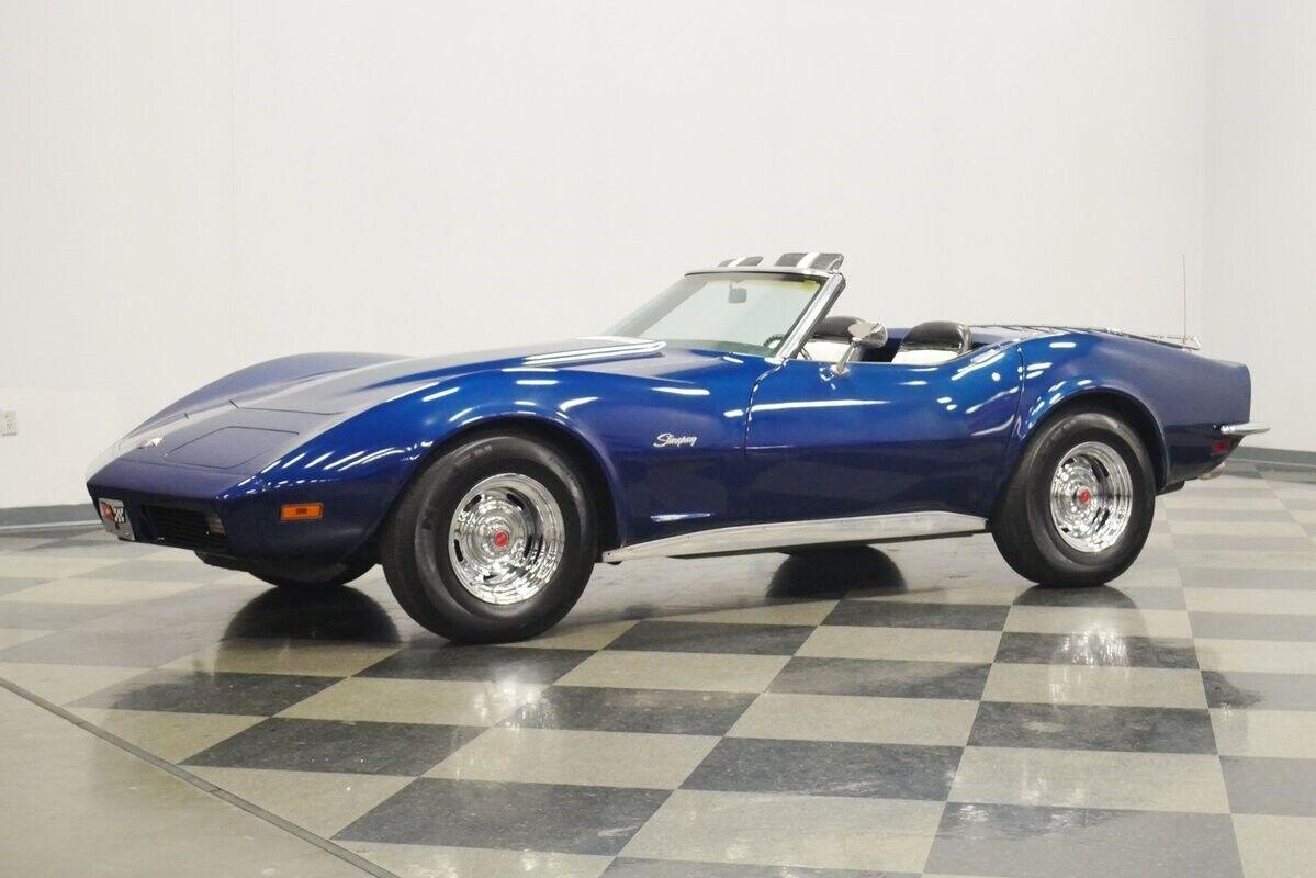 1973 Blue Chevrolet Corvette Convertible    C3 Corvette Photo 7