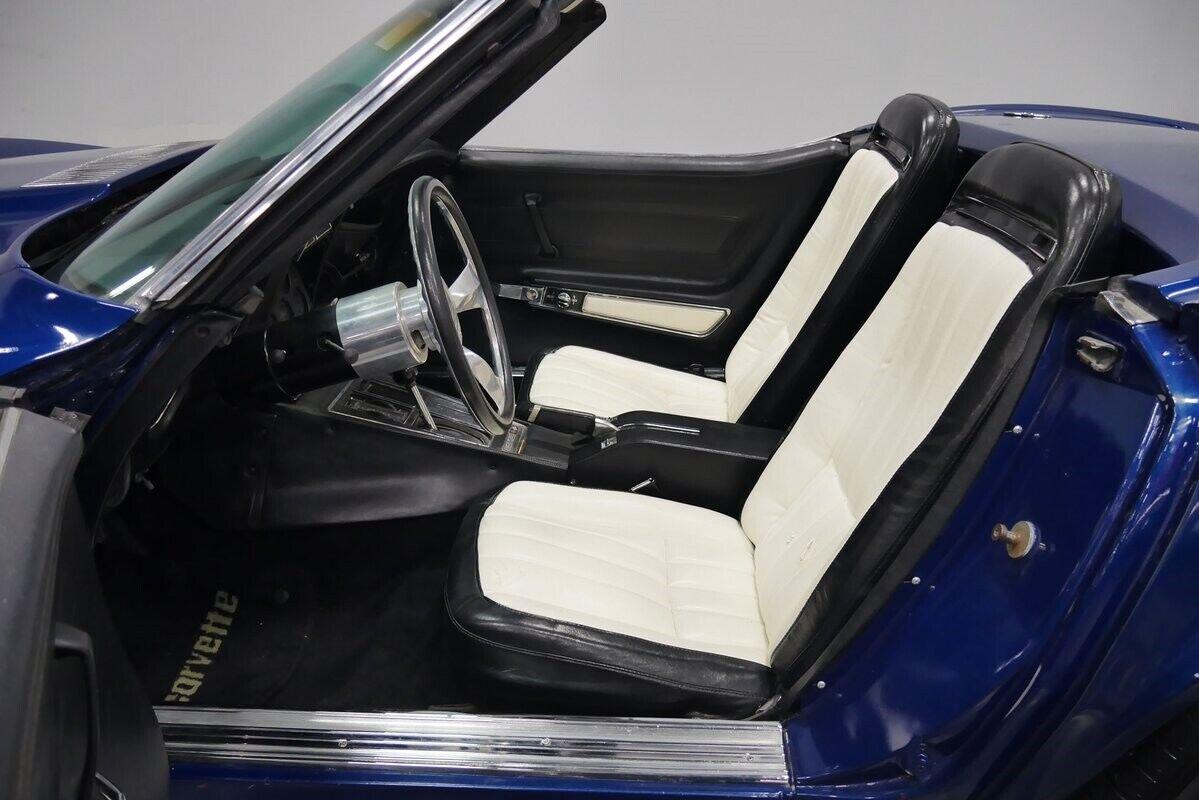 1973 Blue Chevrolet Corvette Convertible    C3 Corvette Photo 5