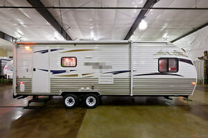new 2013 21rr like 19rr lite toy hauler travel trailer camper for sale cheap rv ebay. Black Bedroom Furniture Sets. Home Design Ideas