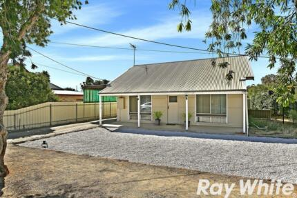 YOU WONT FIND ONE CHEAPER!!! BARGAIN FIRST HOME, MOVE STRAIGHT IN Balaklava Wakefield Area Preview