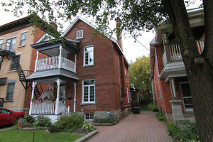 Sandy Hill Beautiful 3 Bedroom plus Den