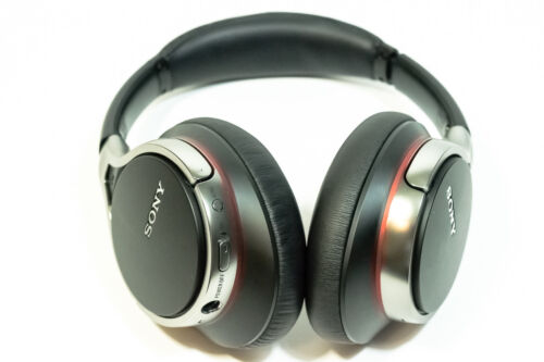 Sony MDR10RNC Over-the-Ear Headphones Black