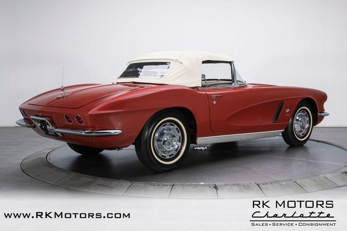 1962 Honduras Maroon Chevrolet Corvette   | C1 Corvette Photo 9