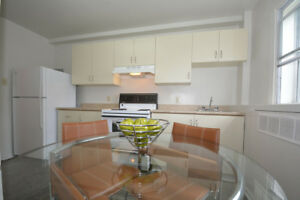 TWO BEDROOM WITH BALCONY - MID-MAY/JUNE!