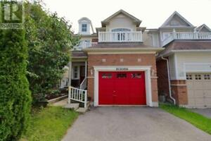 11 GOLDERS GREEN CRT Whitby, Ontario