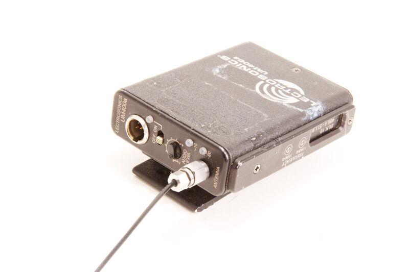 Lectrosonics UM400a wireless transmitter - Block 19 (486.4-511.9mhz)
