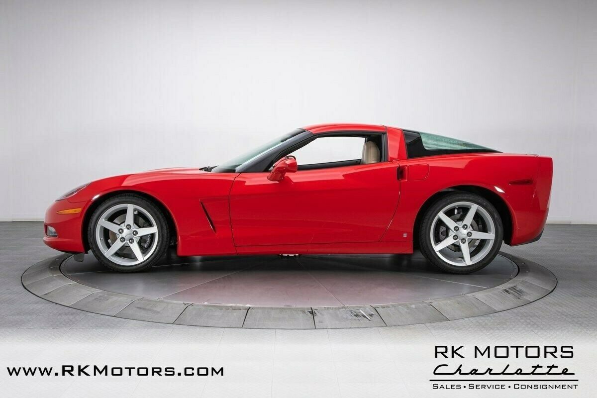 2007 Red Chevrolet Corvette     C6 Corvette Photo 10