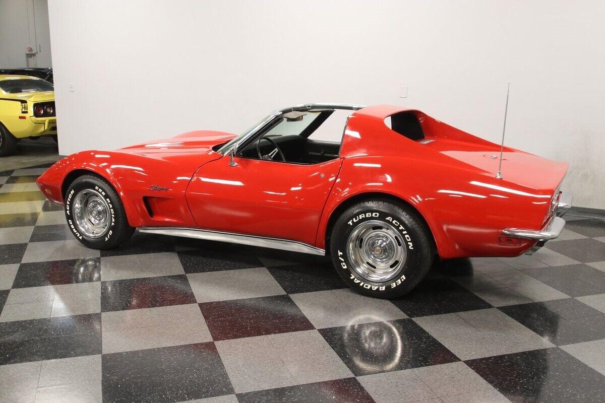 1971 Red Chevrolet Corvette   | C3 Corvette Photo 9