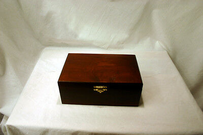 "Staunton No. 5 Tournament Chess Pieces in Wooden Box - 3.5"" King"