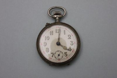Taschenuhr mit Ranken, um 1920   defekt