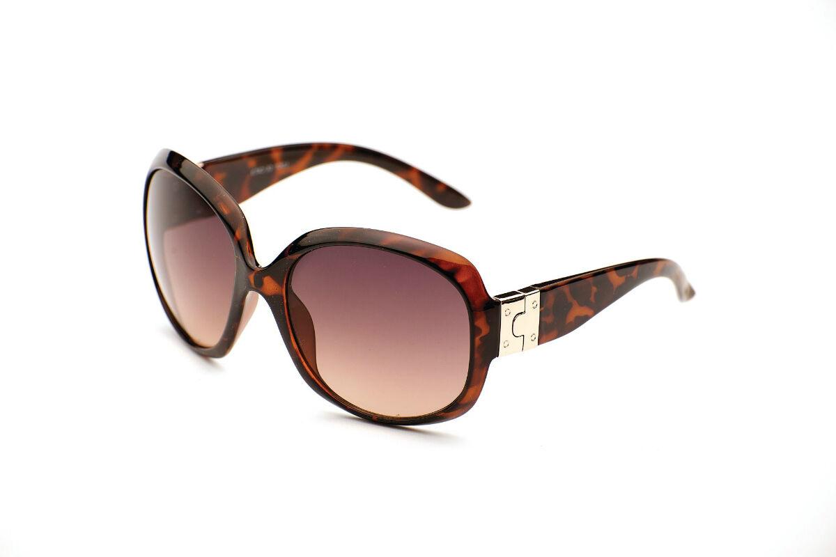 Lucy Oversized Womens Sunglasses Eyelevel a4gk8