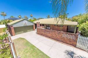 LARGE FAMILY HOME IN NEWPORT Redcliffe Redcliffe Area Preview