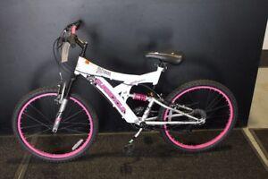 Girls mountain bike - BRAND NEW