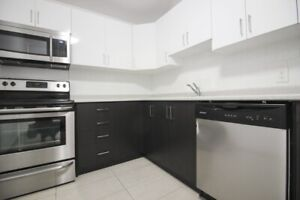 Newly Renovated Two Bedroom Apartment Mississauga