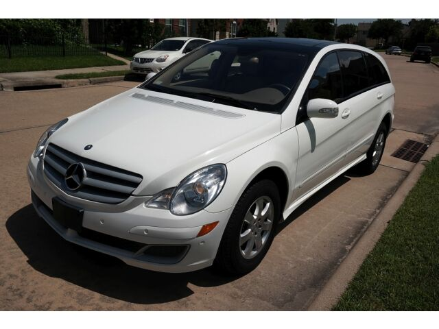 Image 1 of Mercedes-Benz: R-Class…