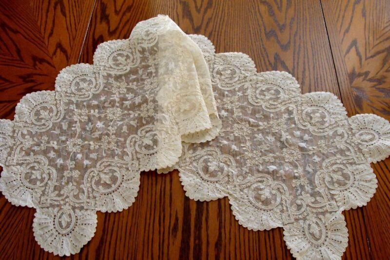 "Gorgeous Vintage French Alencon Lace Runner 50""  Made in France Label PRISTINE"