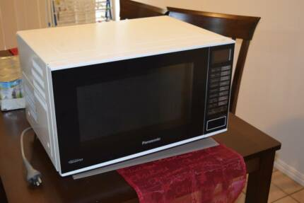 Inverter Microwave Panasonic NN-SF550W