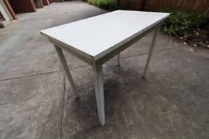~ RRP $150 ~ Rustic Desk White Table ~ St Kilda East Glen Eira Area Preview