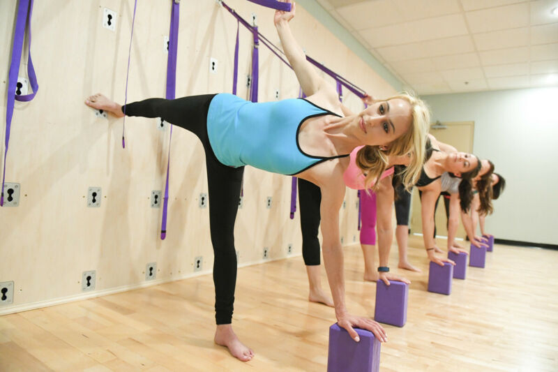 Yoga Wall Plates