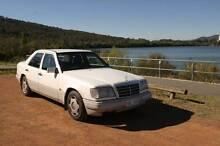 1994 Mercedes-Benz E220 Sedan Hackett North Canberra Preview