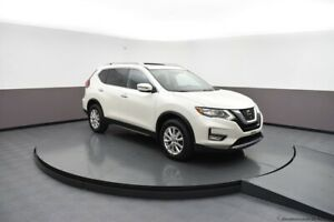 2018 Nissan Rogue FRESH TRADE-IN - SV AWD SUV