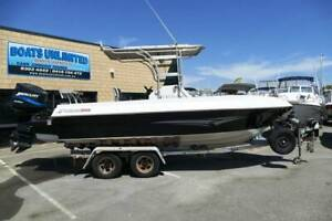 REDUCED ** FRASER CENTER CONSOLE BOAT BIG HORSE POWER