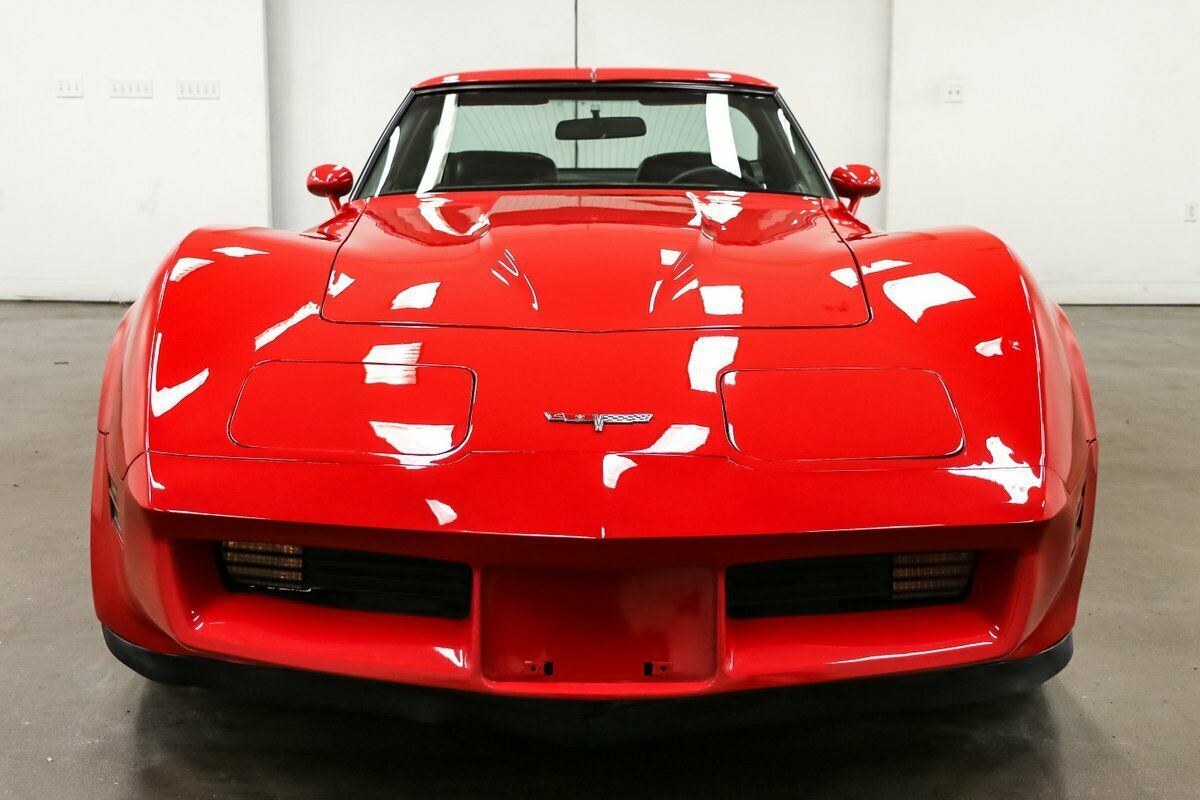 1980 Red Chevrolet Corvette   | C3 Corvette Photo 3